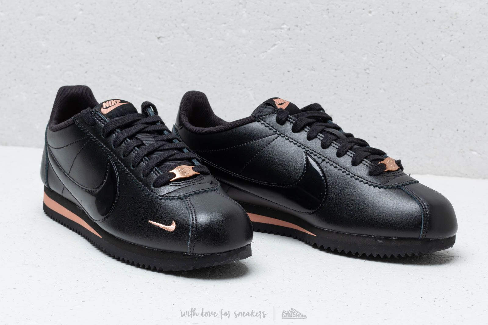 the best attitude 6efda c0332 Nike Wmns Classic Cortez Prem Black/ Black-Rose Gold | Footshop