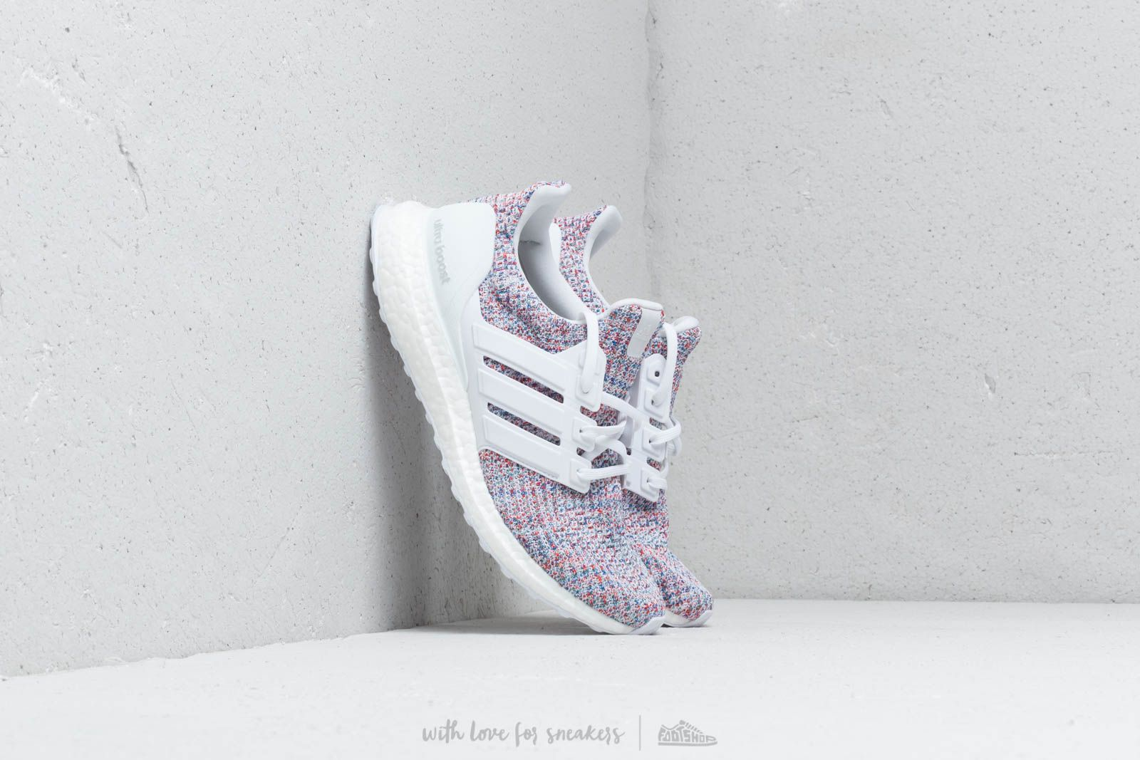adidas Ultraboost Ftw White/ Ftw White/ Blue at a great price 176 € buy at Footshop
