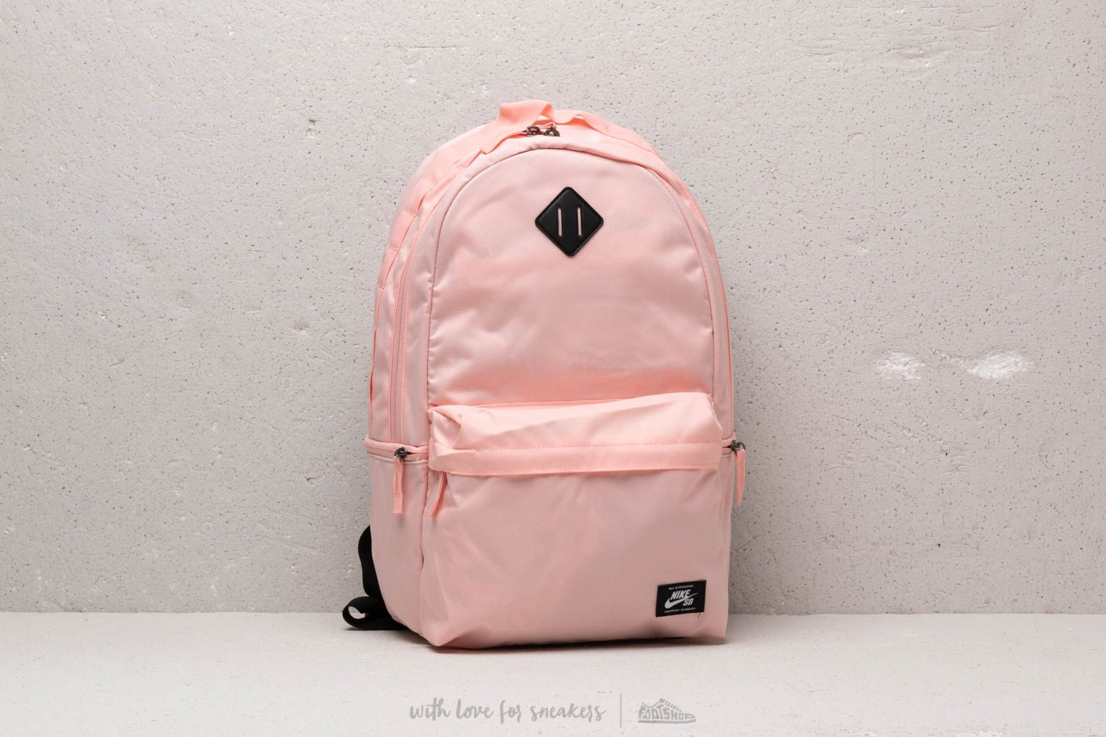 Nike SB Icon Backpack Bubblegum/ Black