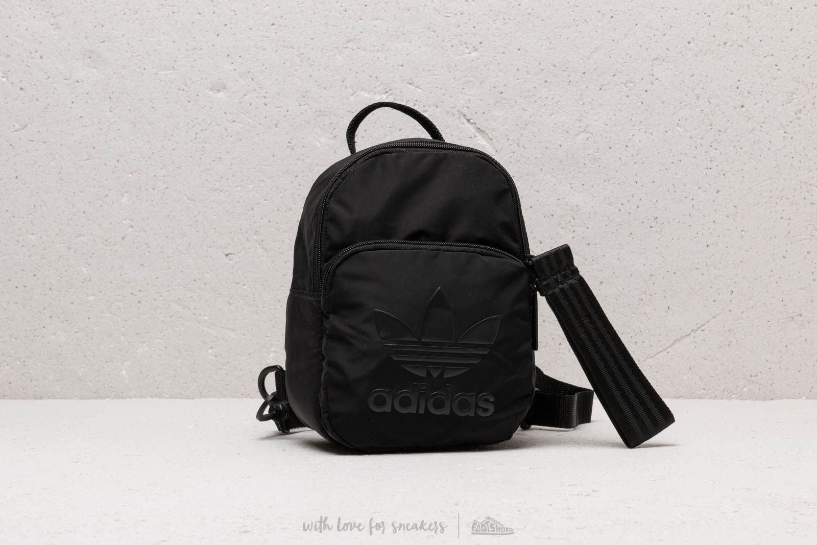 8d0729ba05 adidas Classic Mini Backpack Black | Footshop