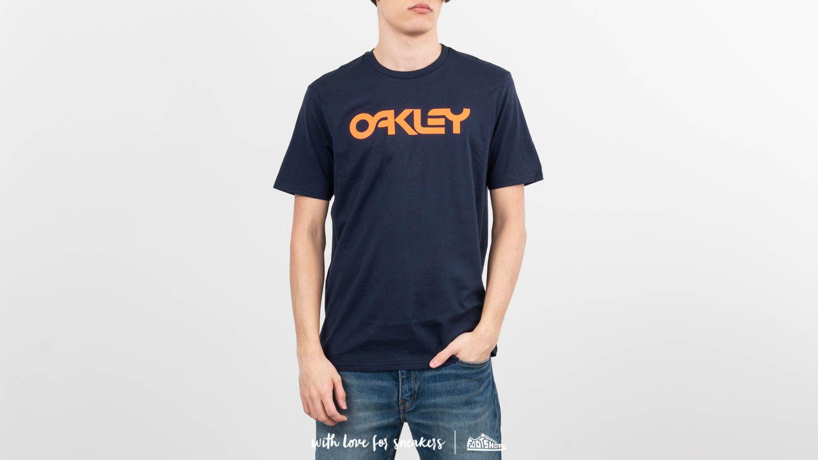 Oakley Mark II Tee Fathom za skvělou cenu 690 Kč koupíte na Footshop.cz