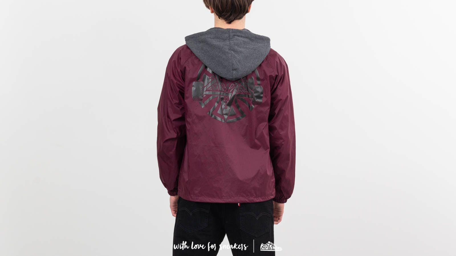 Dzsekik Independent x Thrasher Pentagram Cross Hooded