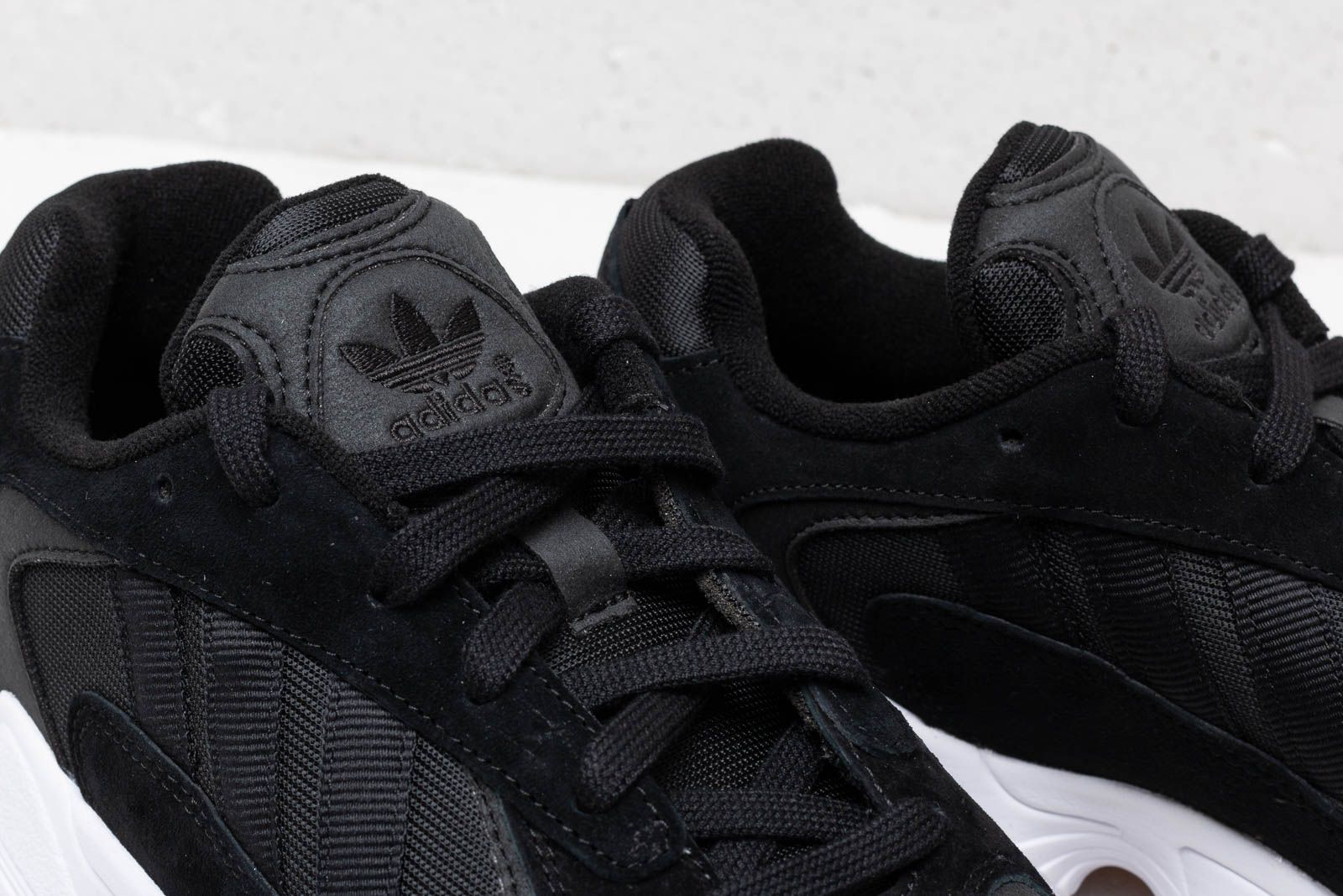 a8e6486b37359b adidas Yung-1 Core Black  Core Black  Ftw White W super cenie 524