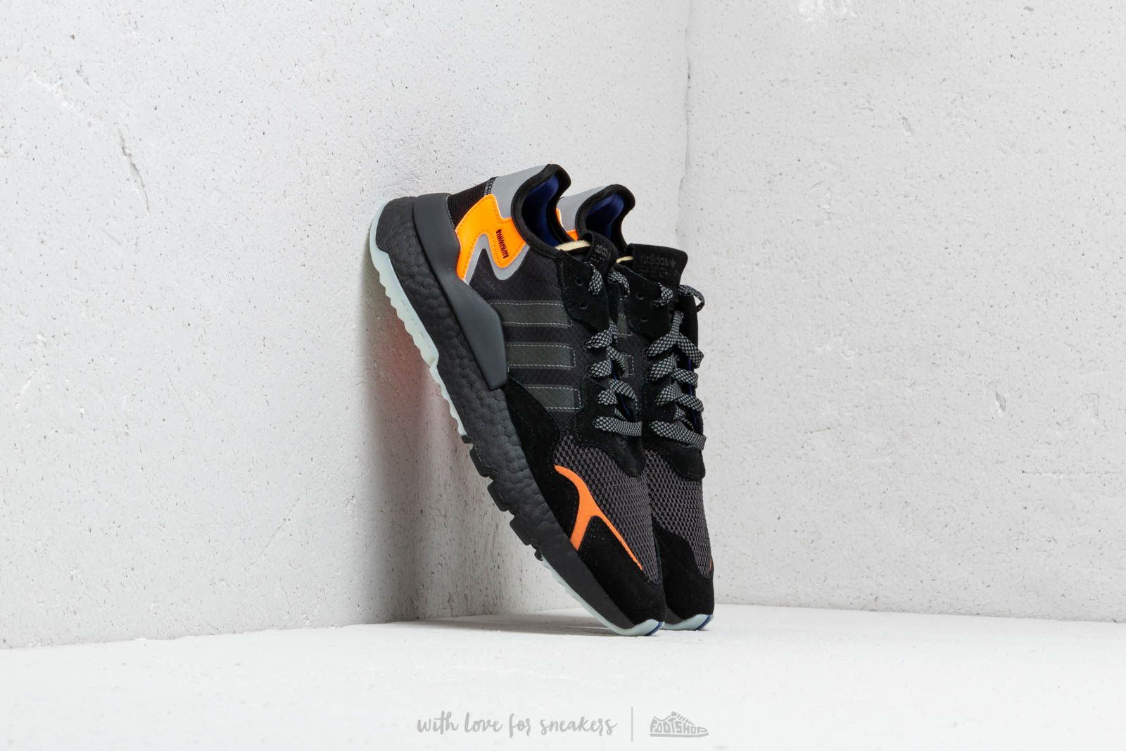 competitive price 139a2 71357 adidas Nite Jogger Core Black Carbon Active Blue at a great price 143 €
