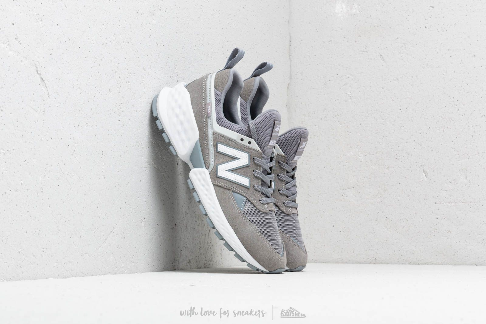 New Balance 574 Grey/ White at a great price 92 € buy at Footshop