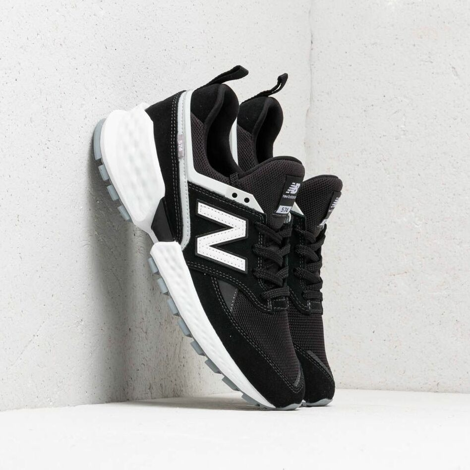 New Balance 574 Black/ White EUR 46