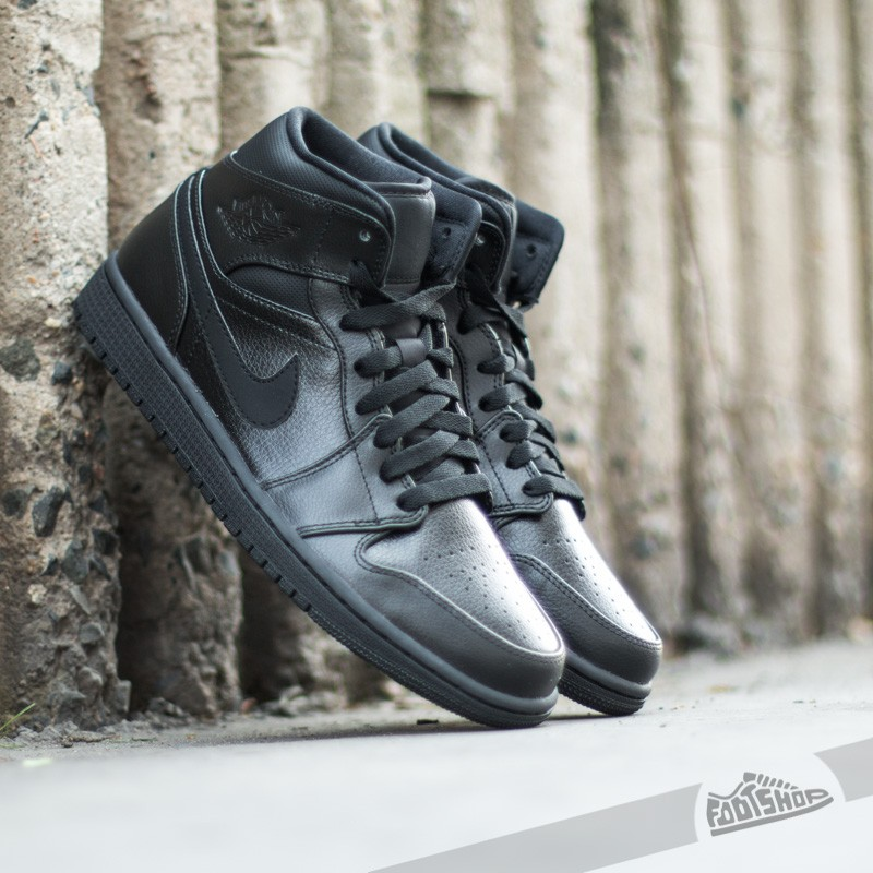 Air Jordan 1 Mid BlackBlack Black | Footshop