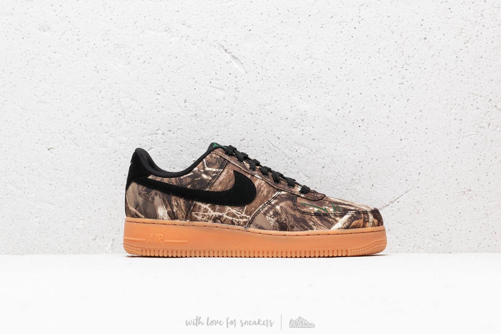 huge discount 5df44 6ebf7 Nike Air Force 1 '07 LV8 3