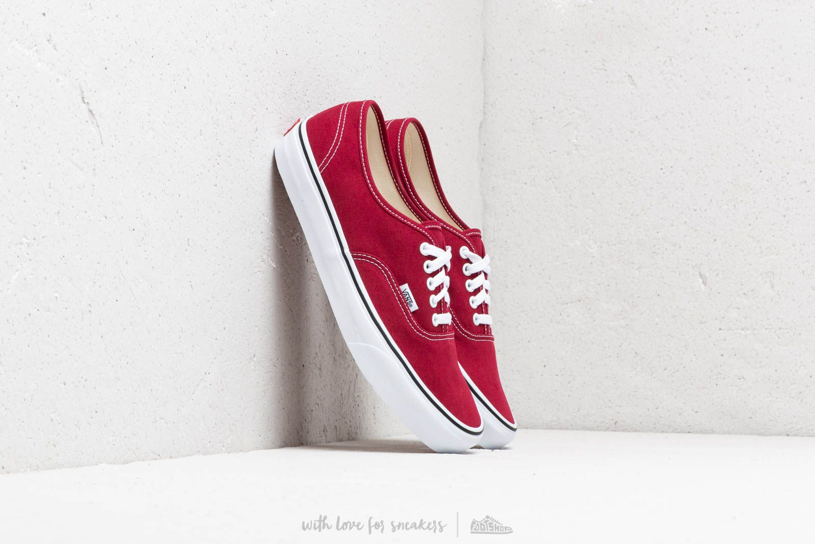 Vans Authentic Rumba Red  True White at a great price 59 € buy at Footshop 595fdddbc