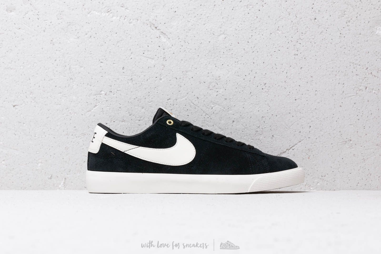 online store 87055 e5bff Nike Sb Zoom Blazer Low Gt Black  Sail at a great price 70 € buy