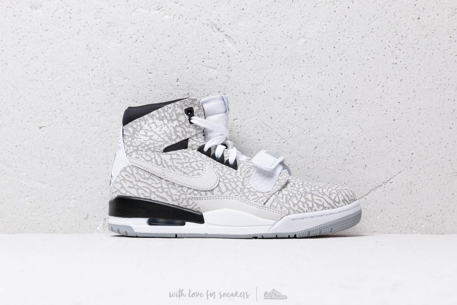 info for ed860 fd9ea Air Jordan Legacy 312 White  White-Black at a great price 139 € buy