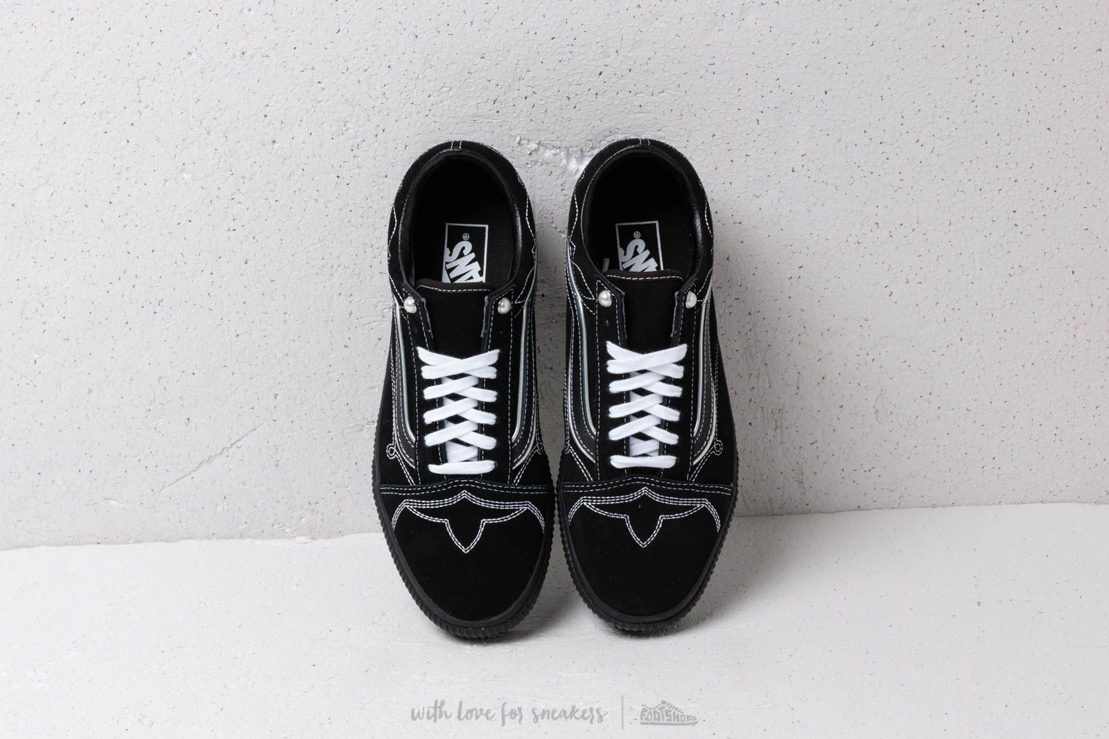 eb3cc8ed5ea Vans Old Skool Platform (Pearly Punk) Black  Black at a great price £