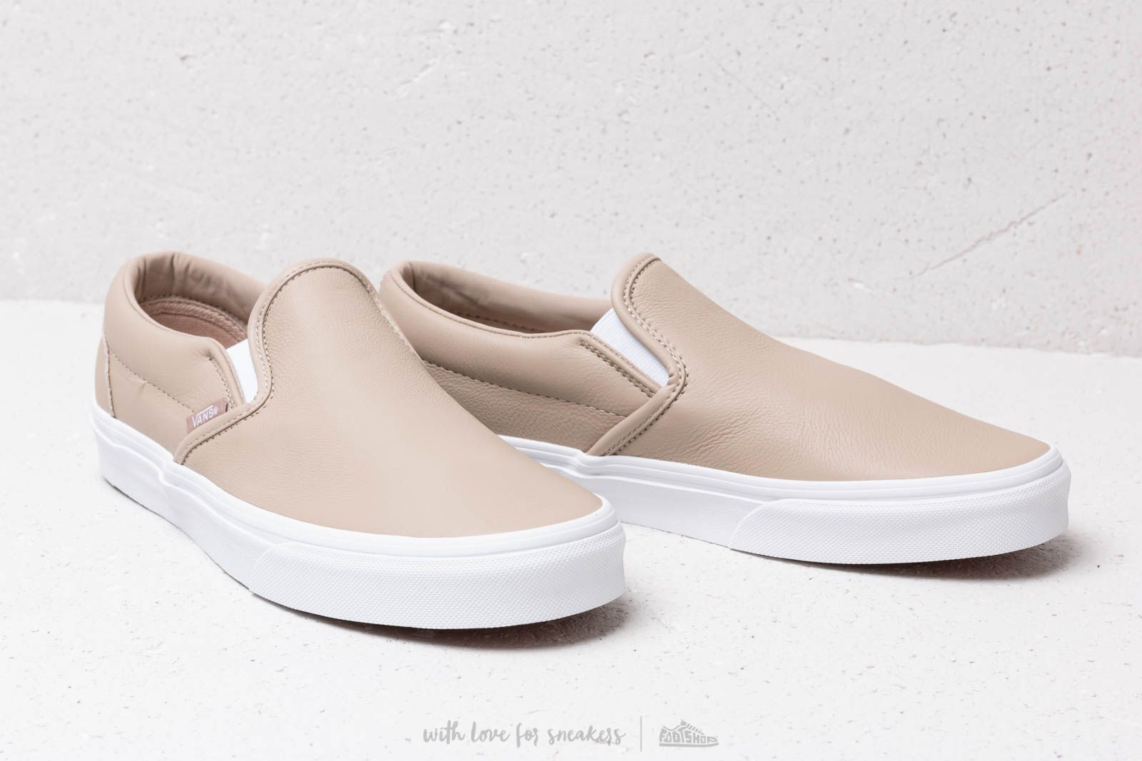Vans Classic Slip On (Leather) Humus True White | Footshop