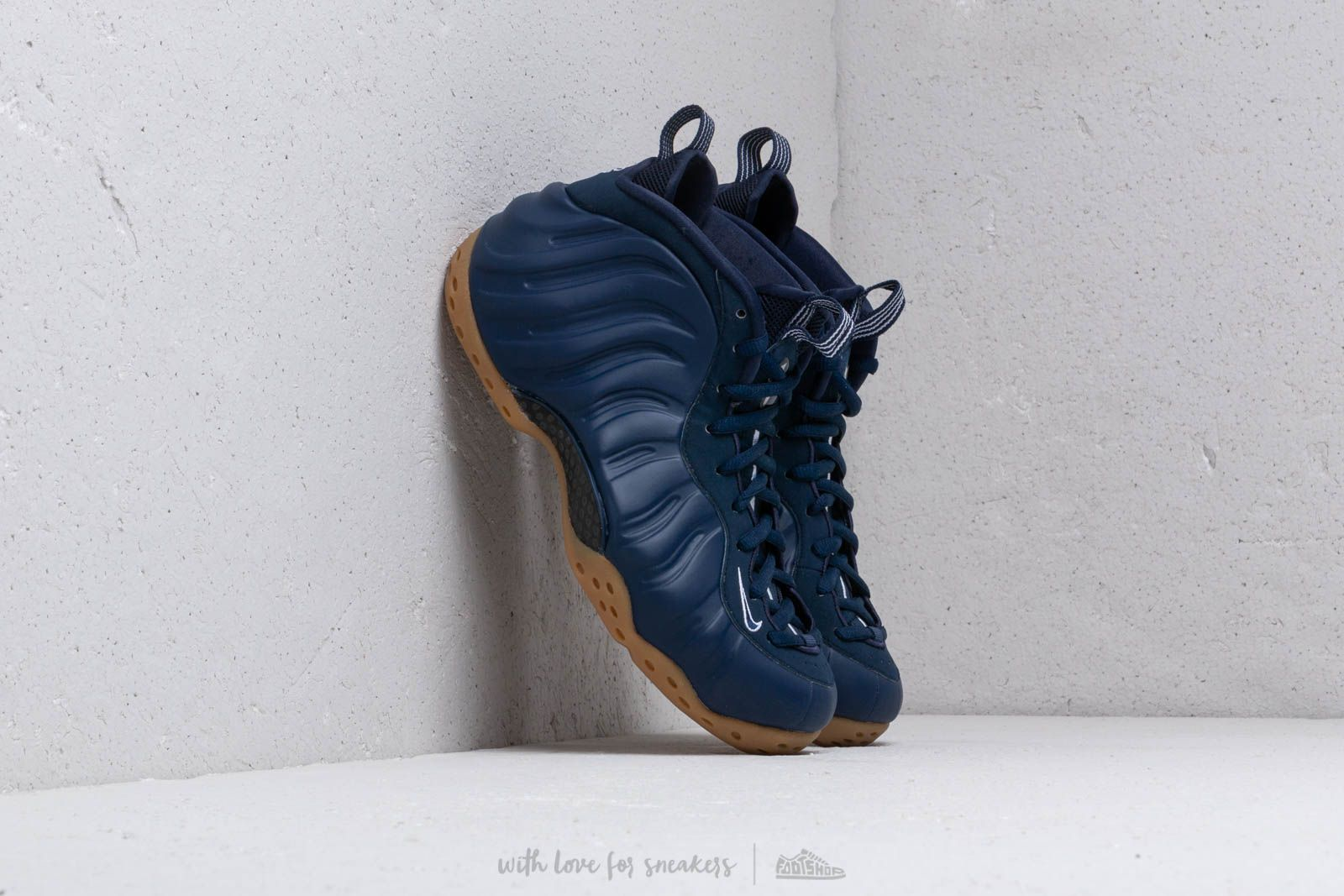 reputable site d22d5 f86b8 Nike Air Foamposite One Midnight Navy  Midnight Navy at a great price 205 €  buy