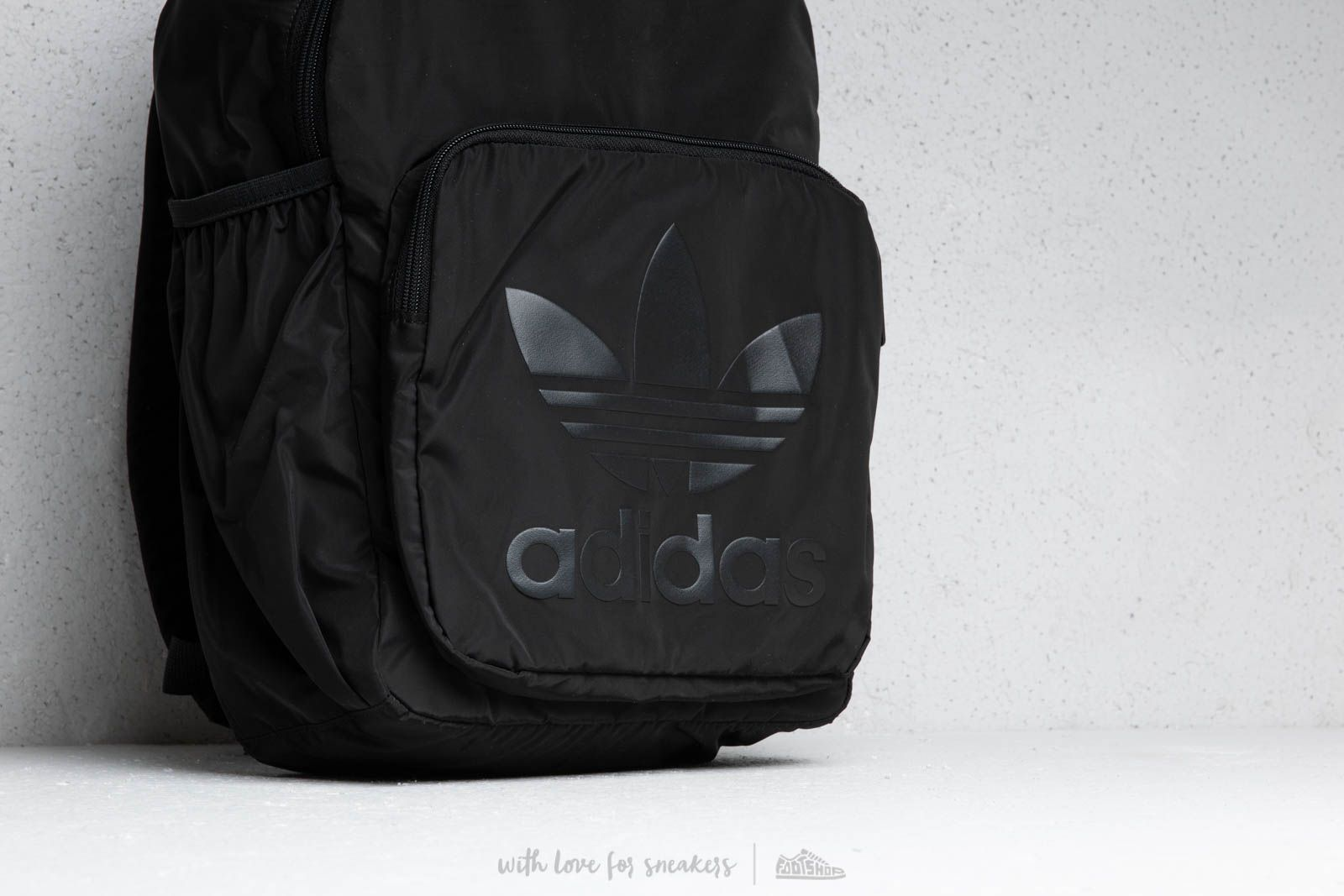 adidas Trefoil Backpack Black at a great price 33 € buy at Footshop f0556305515bc