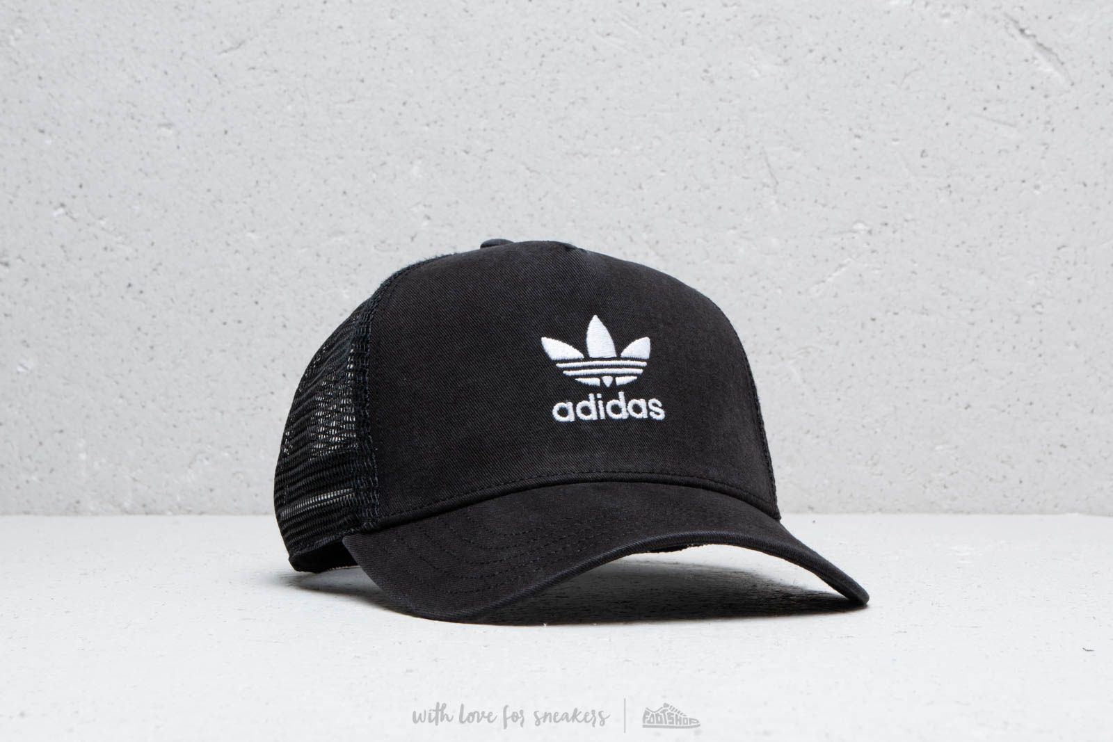 adidas Trefoil Trucker Black  White at a great price £16 buy at Footshop 8867ebea195
