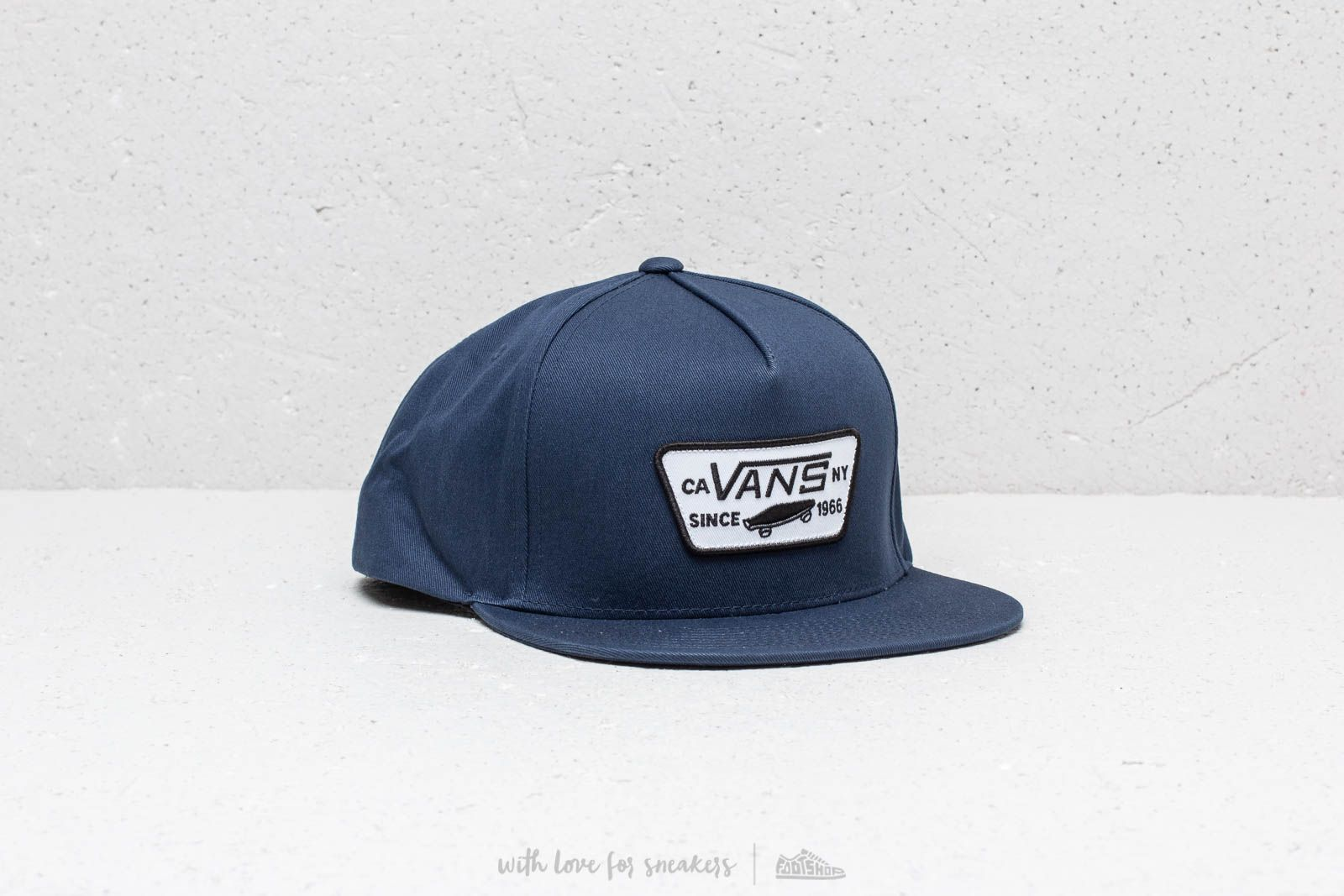 f0e181f719c Vans Full Patch Snapback Dress Blues at a great price 26 € bestell bei  Footshop