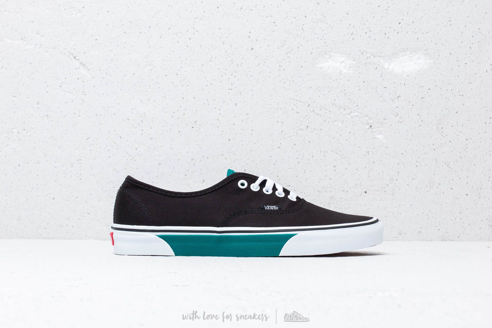 f28adb38067 Vans Authentic (Color Block) Black/ Quetz at a great price 70 € buy