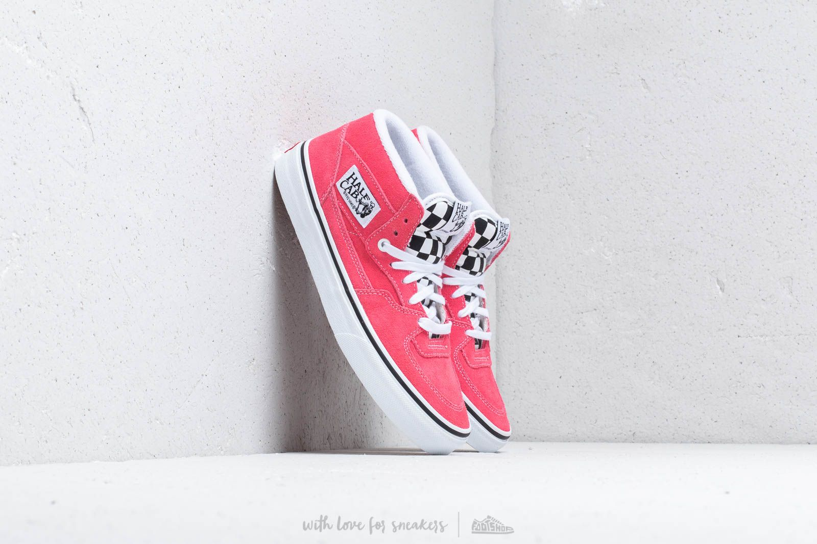Vans Half Cab (Suede) Strawberry Pink/ T at a great price 90 € buy at Footshop
