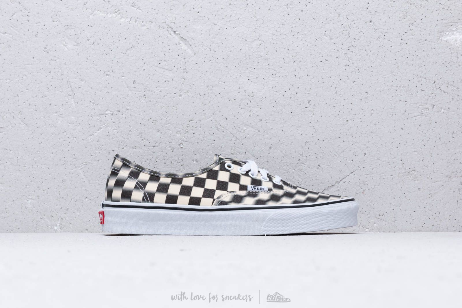 1c8a735c4e7 Vans Authentic (Blur Check) Black/ Classic at a great price 70 € buy