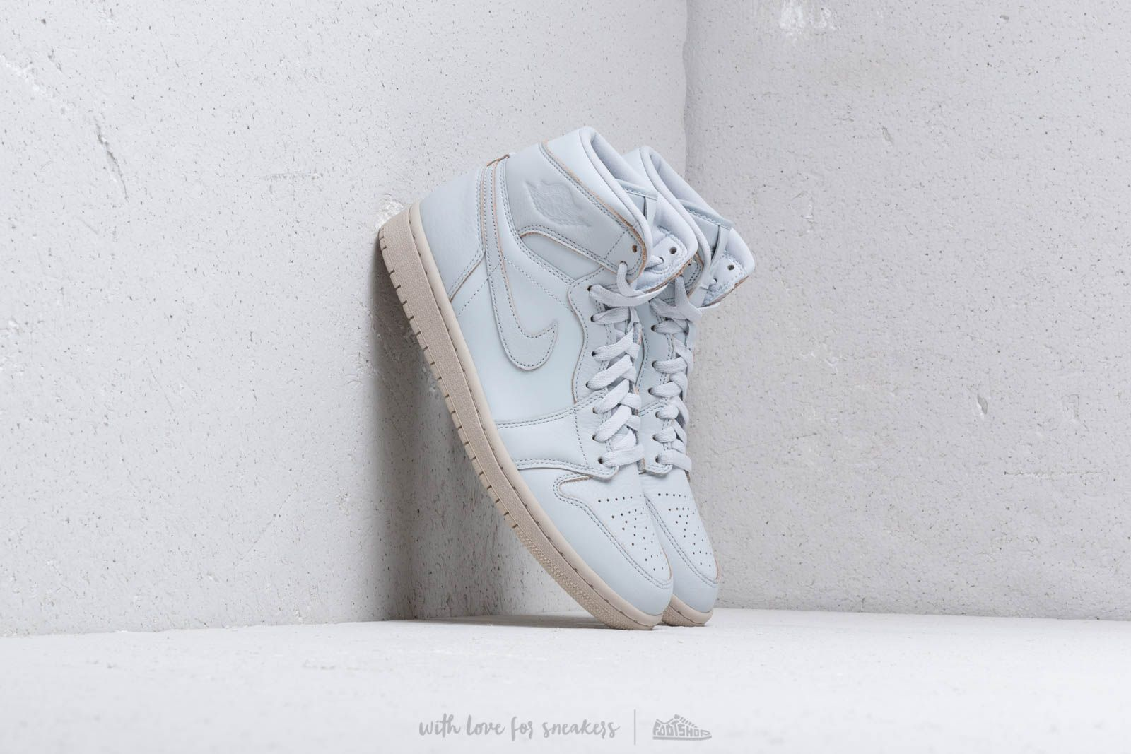 901e90c3fbee Air Jordan 1 Retro High Premium Pure Platinum  Desert Sand