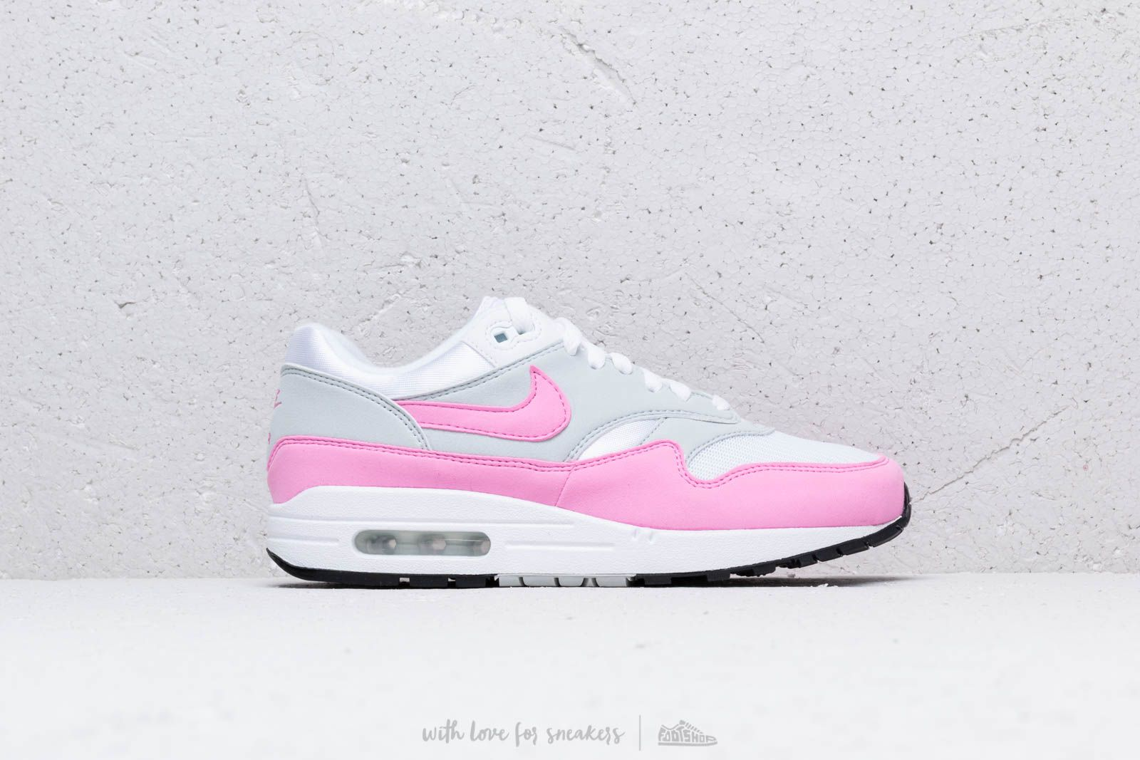 Higgins Oratore Provalo  Women's shoes Nike W Air Max 1 Essential White/ Psychic Pink | Footshop