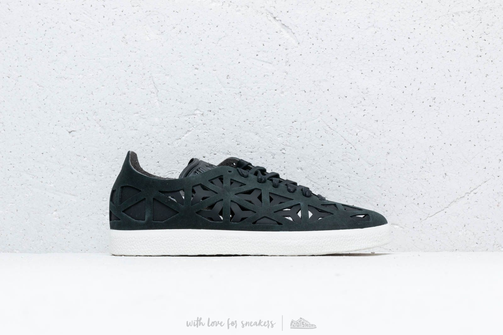 brand new 7c930 1cbe1 adidas Gazelle Cutout W Core Black Core Black Off White at a great price