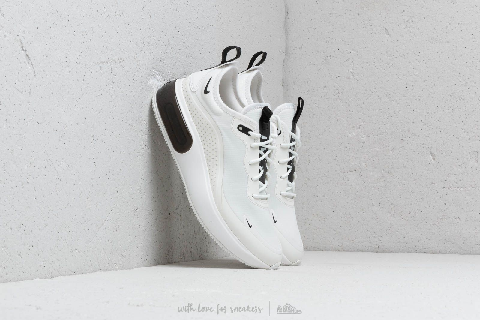 huge discount d8cd9 8d353 Nike W Air Max Dia Summit White  Black-Summit White at a great price