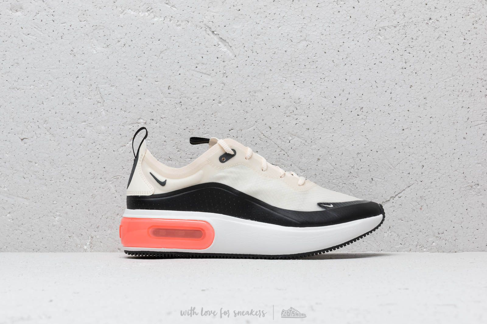 premium selection d95ba de3fa Nike W Air Max Dia SE Pale Ivory  Black-Summit White at a great