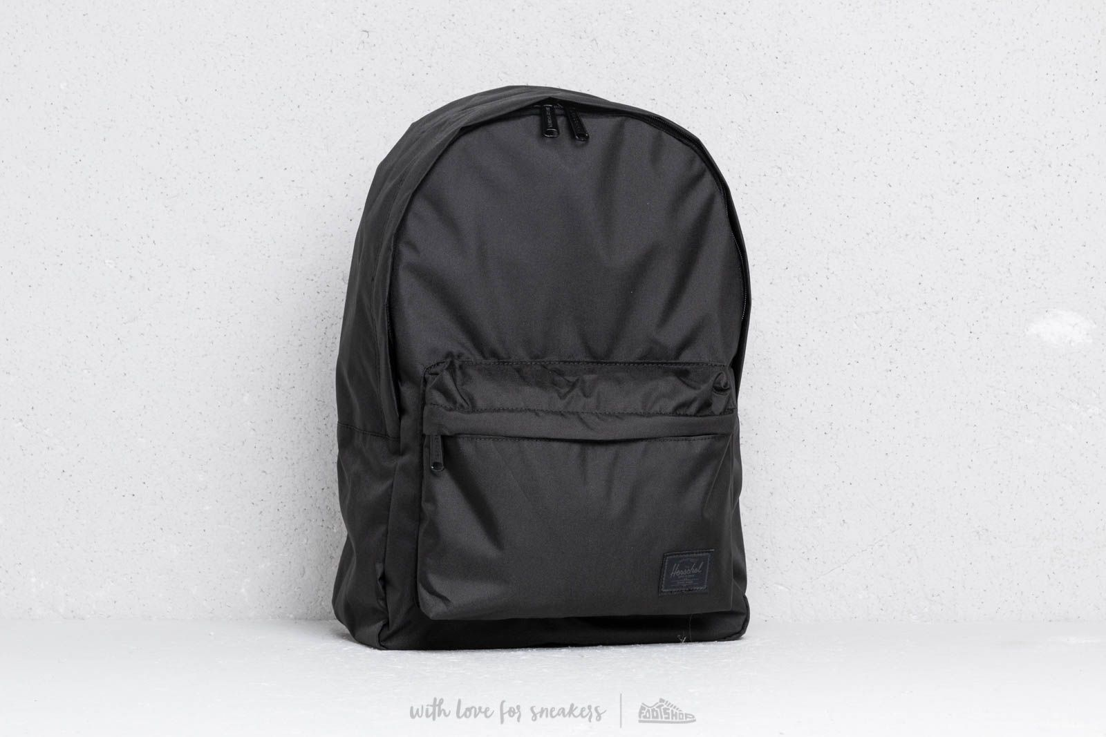 Herschel Supply Co. Classic Backpack Black at a great price 48 € buy at  Footshop 89534e51e2415