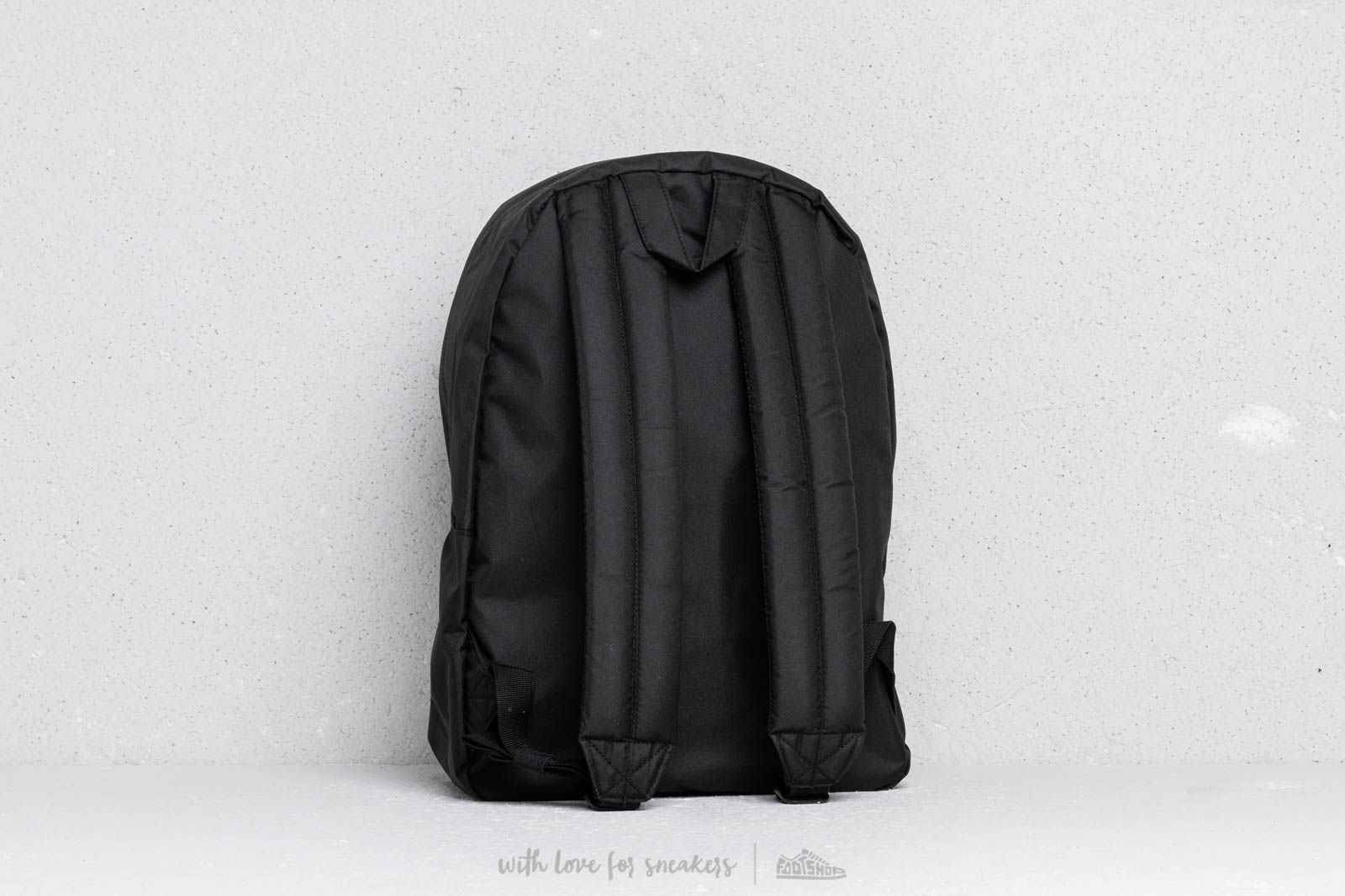 c76eed8666e Herschel Supply Co. Classic Backpack Black at a great price 47 € bestell bei  Footshop
