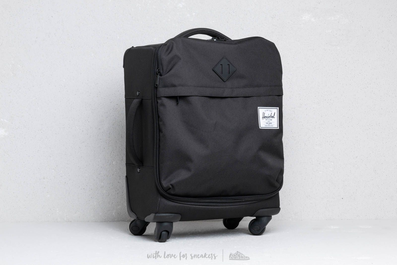 Herschel Supply Co. Carry-On Highland Luggage Black at a great price 170 € 4496e842ae080