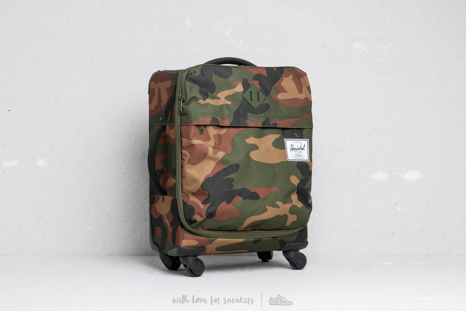 Herschel Supply Co. Carry-On Highland Luggage Woodland Camo at a great price 170 € buy at Footshop