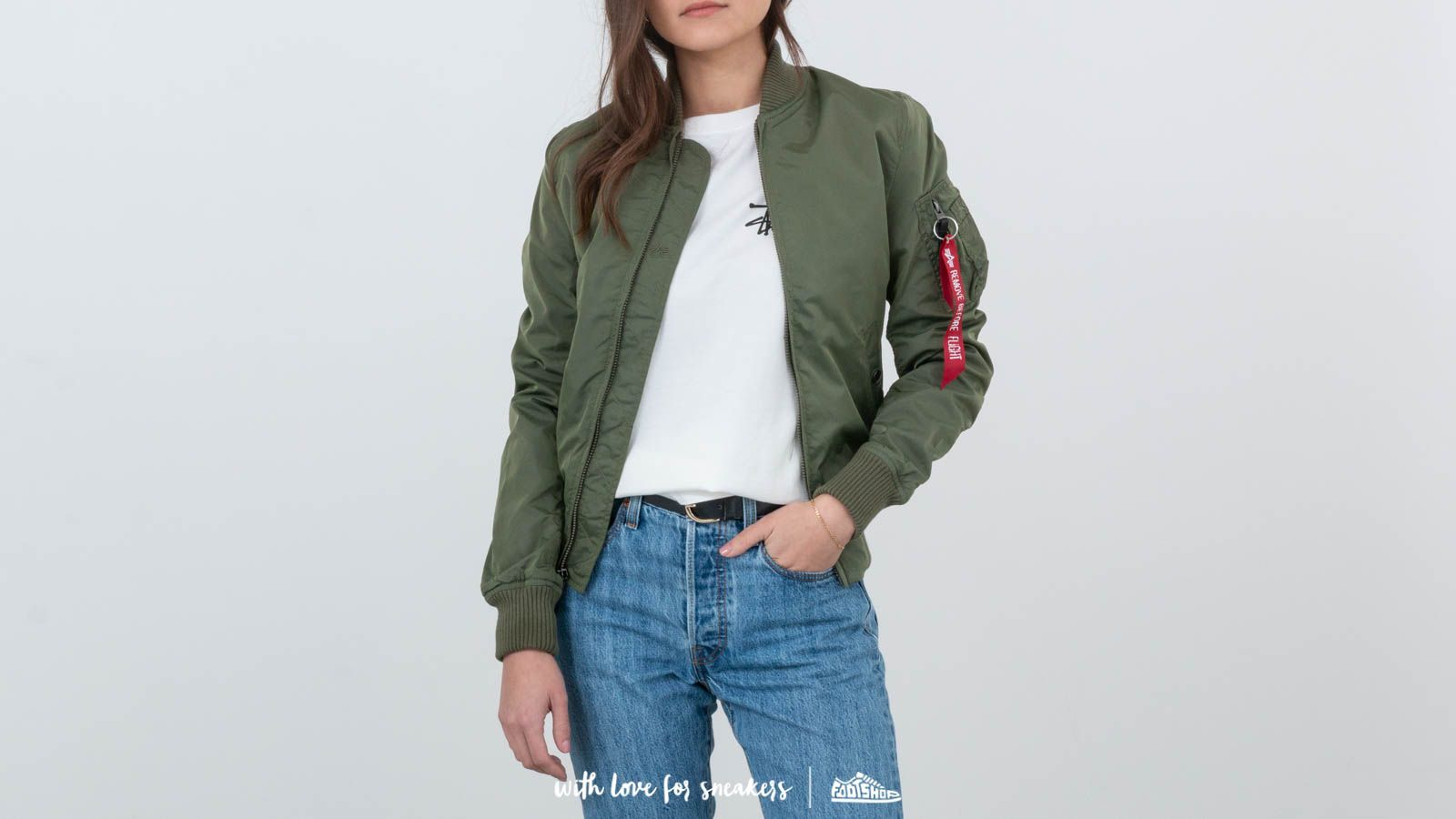 Alpha Industries MA-1 TT Wmn Sage Green at a great price $157 buy at Footshop