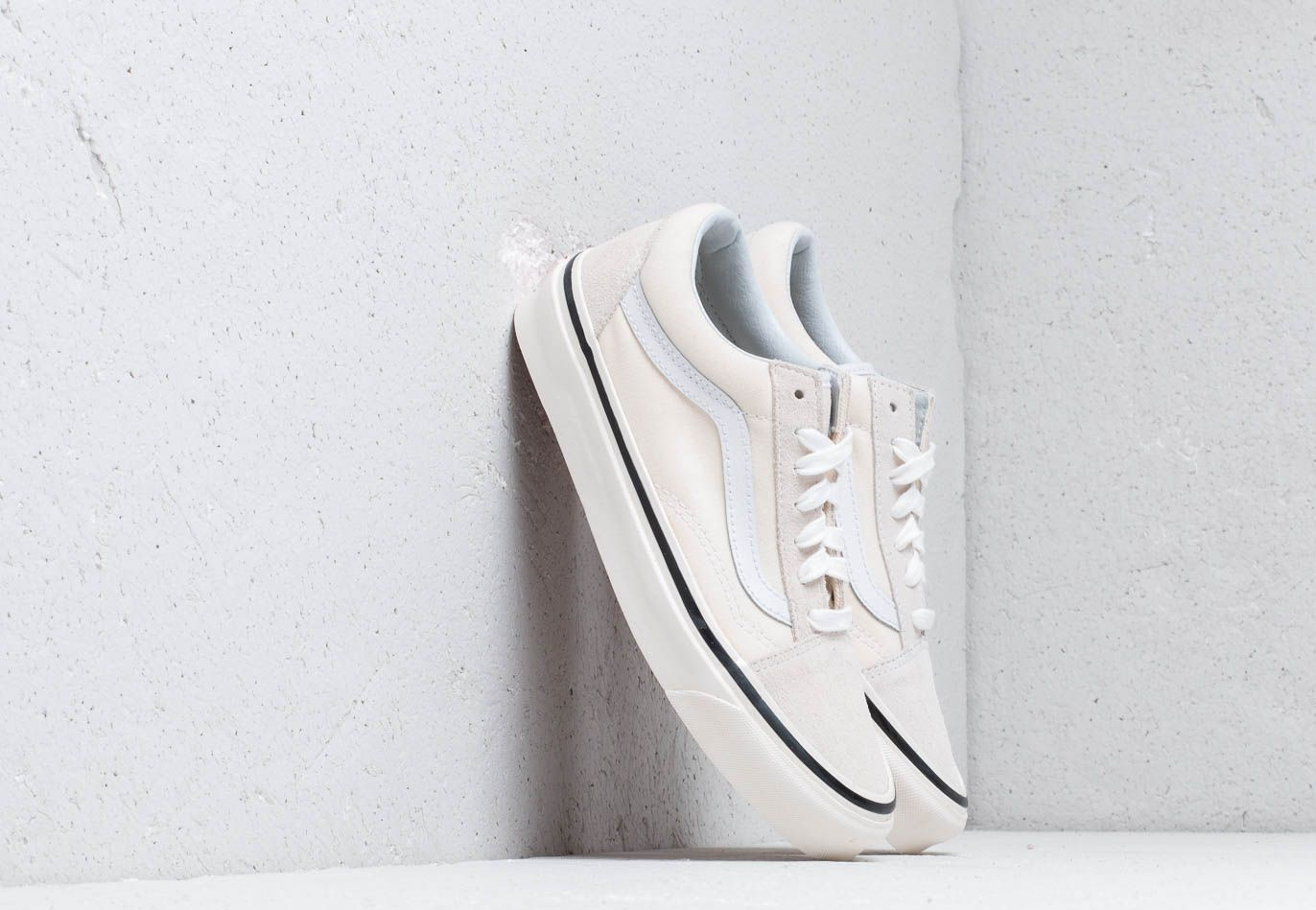 Vans Old Skool 36 DX (Anaheim Factory) Classic White EUR 42