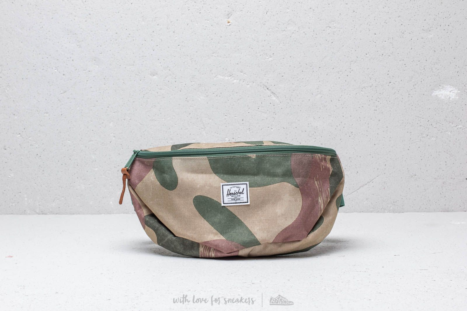 Herschel Supply Co. Sixteen Hip Pack