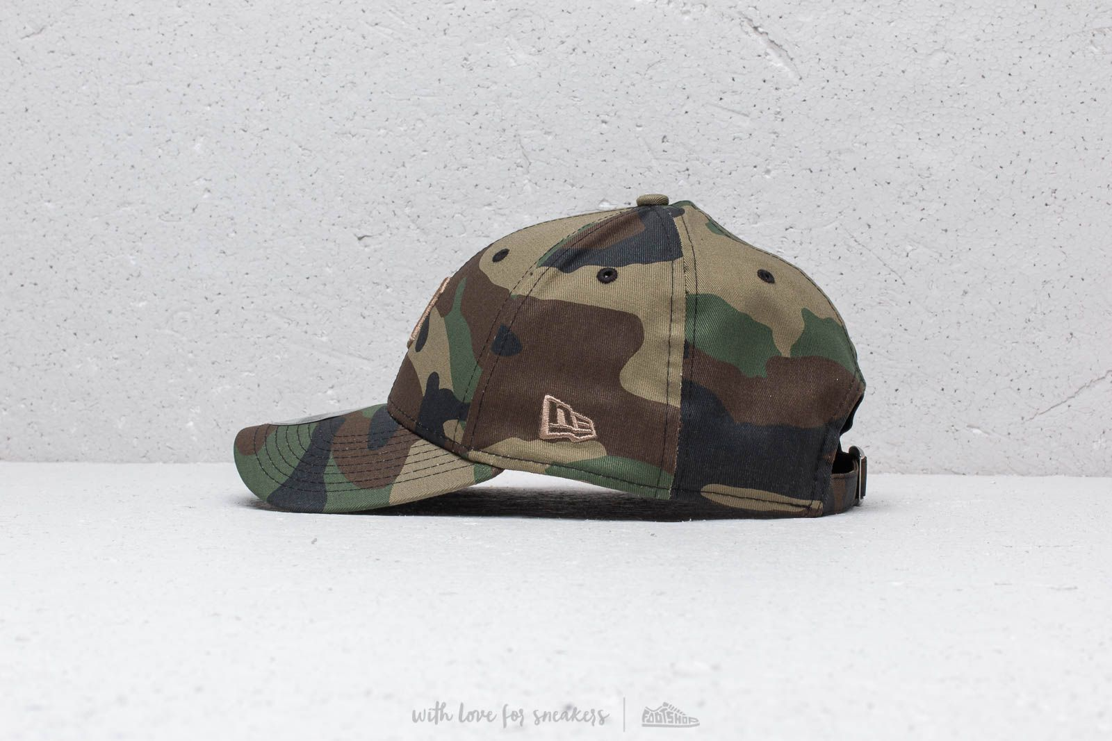 691aa2407cd New Era 9Forty MLB Essential Detroit Tigers Cap Camo at a great price  26  buy at