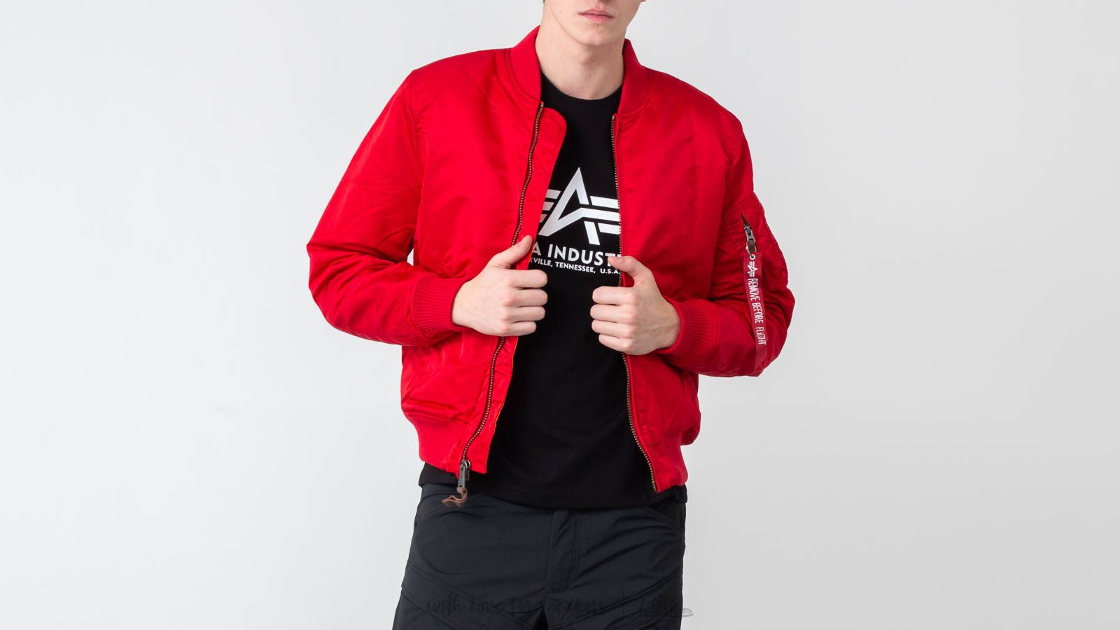 Alpha Industries MA-1 VF 59 Speed Red at a great price $189 buy at Footshop