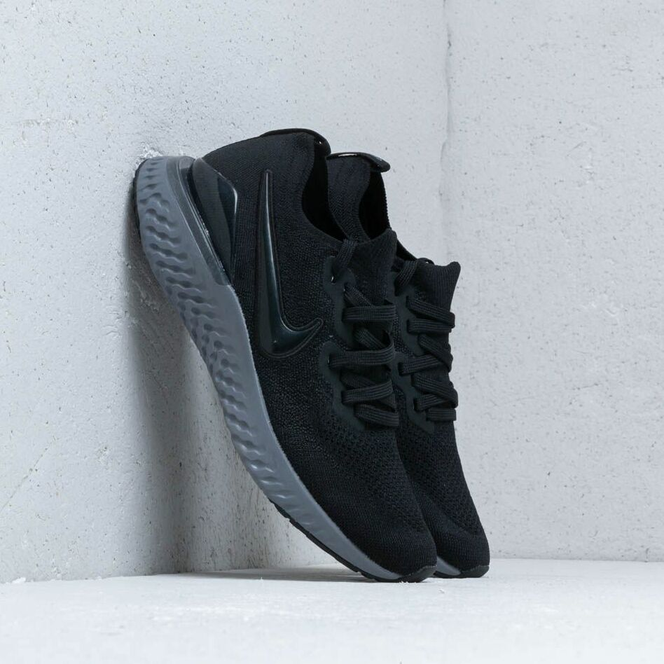 Nike Epic React Flyknit 2 Black/ Black-White-Gunsmoke EUR 42.5