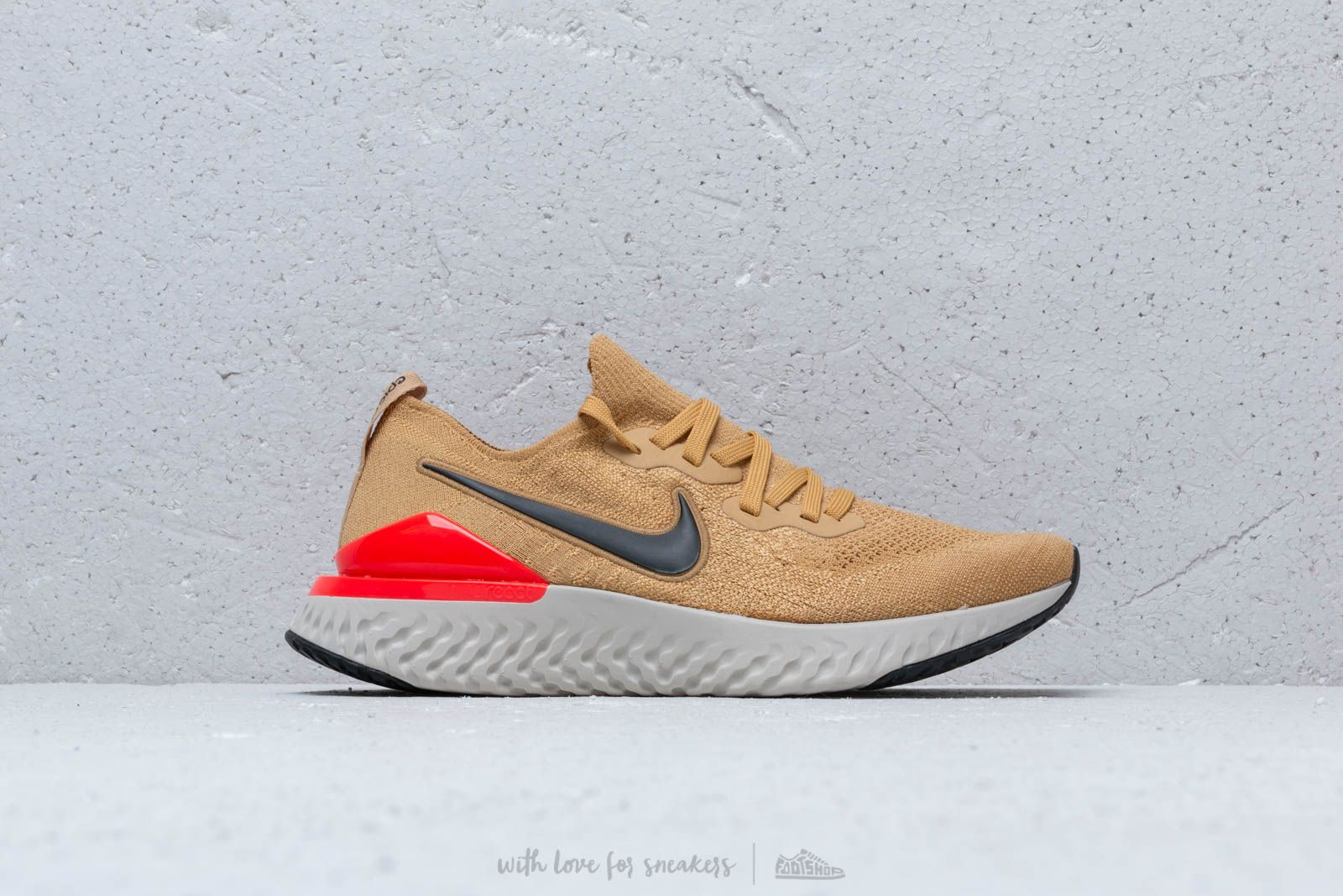 99ffe1a736898 Nike Epic React Flyknit 2 Club Gold  Black-Red Orbit at a great price