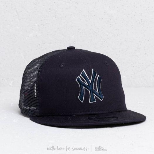 the latest 5e682 79ee3 New Era 9Fifty MLB Essential New York Yankees Trucker Cap Navy