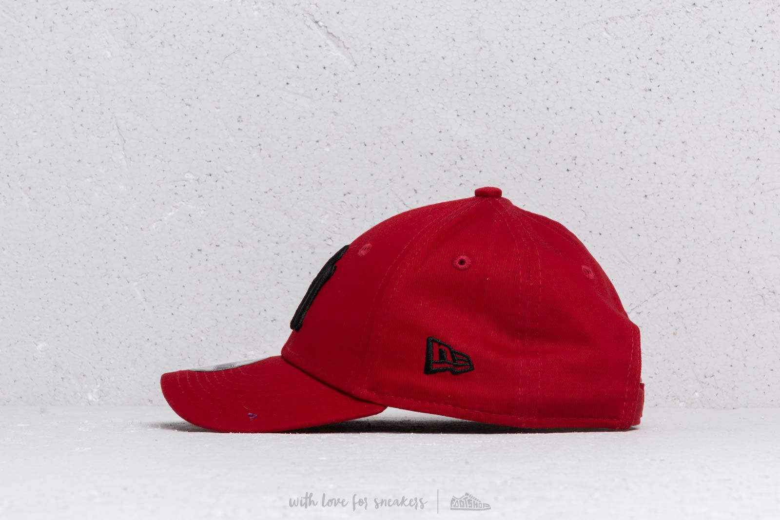 separation shoes 4522e bcbef ... low cost new era kids 9forty mlb essential new york yankees cap red  black at a
