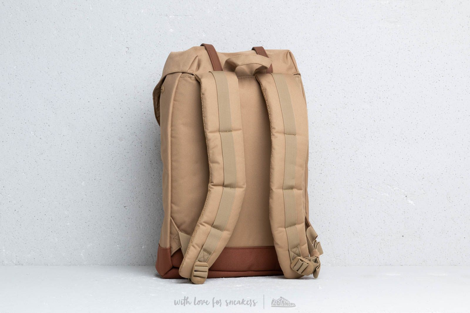 dbb90b27b0a Herschel Supply Co. Retreat Backpack Kelp  Saddle Brown at a great price £59