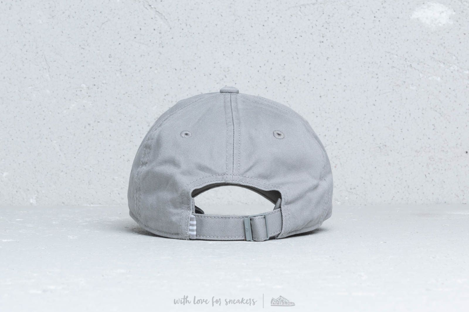 aef6304c543 Adidas Adic Washed Cap Mgh Solid Grey   White at a great price 23 € buy