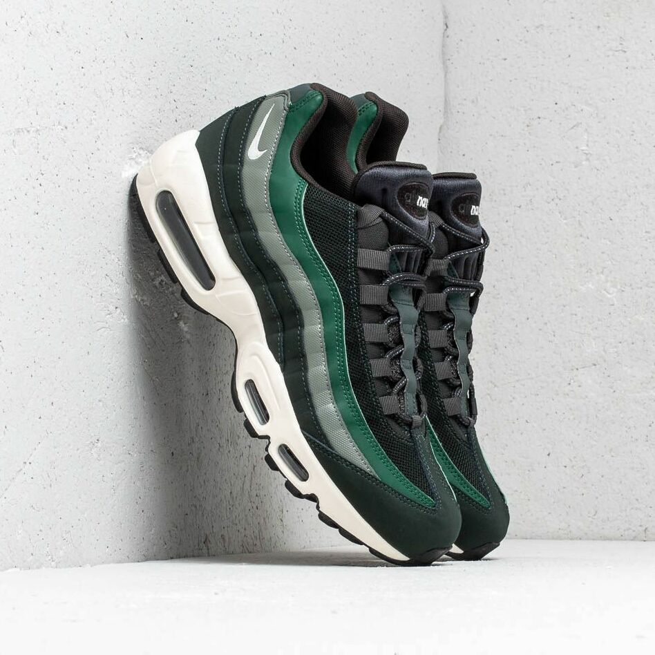 Nike Air Max 95 Essential Outdoor Green SailFirVintage Lichen