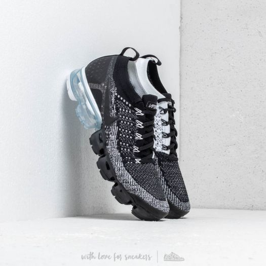 sports shoes 69aa7 4adbf Nike Air Vapormax Flyknit 2 Black/ Black-White | Footshop