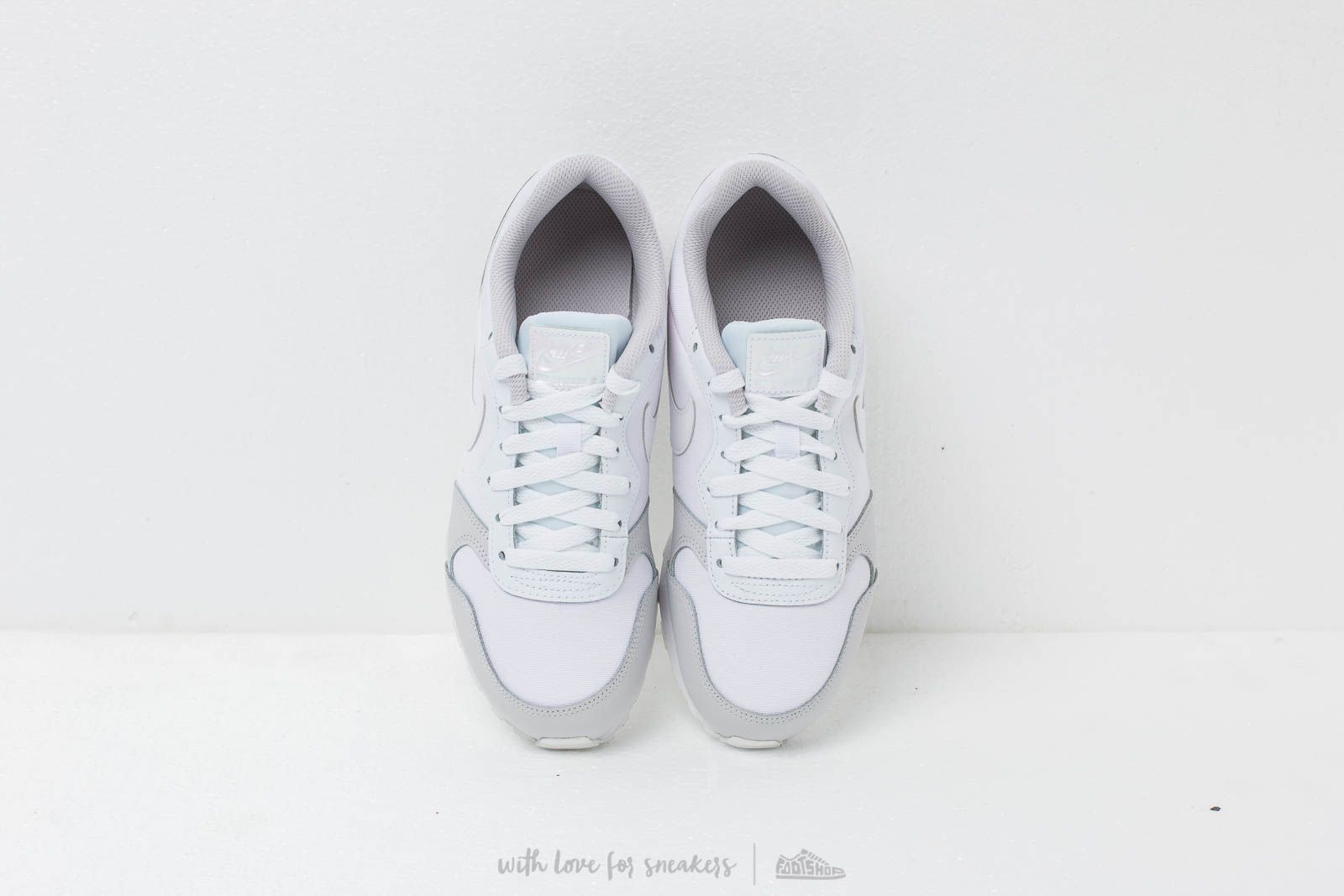 eb6208b626bb8 Nike Md Runner 2 (GS) White  White-Vast Grey at a great