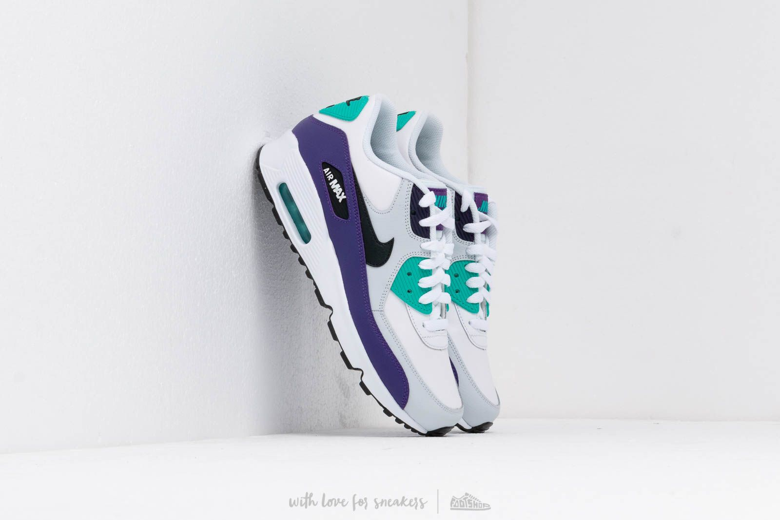 reputable site 8ce1f 7d1c4 Nike Air Max 90 Ltr (GS). White  Black-Hyper Jade-Court Purple