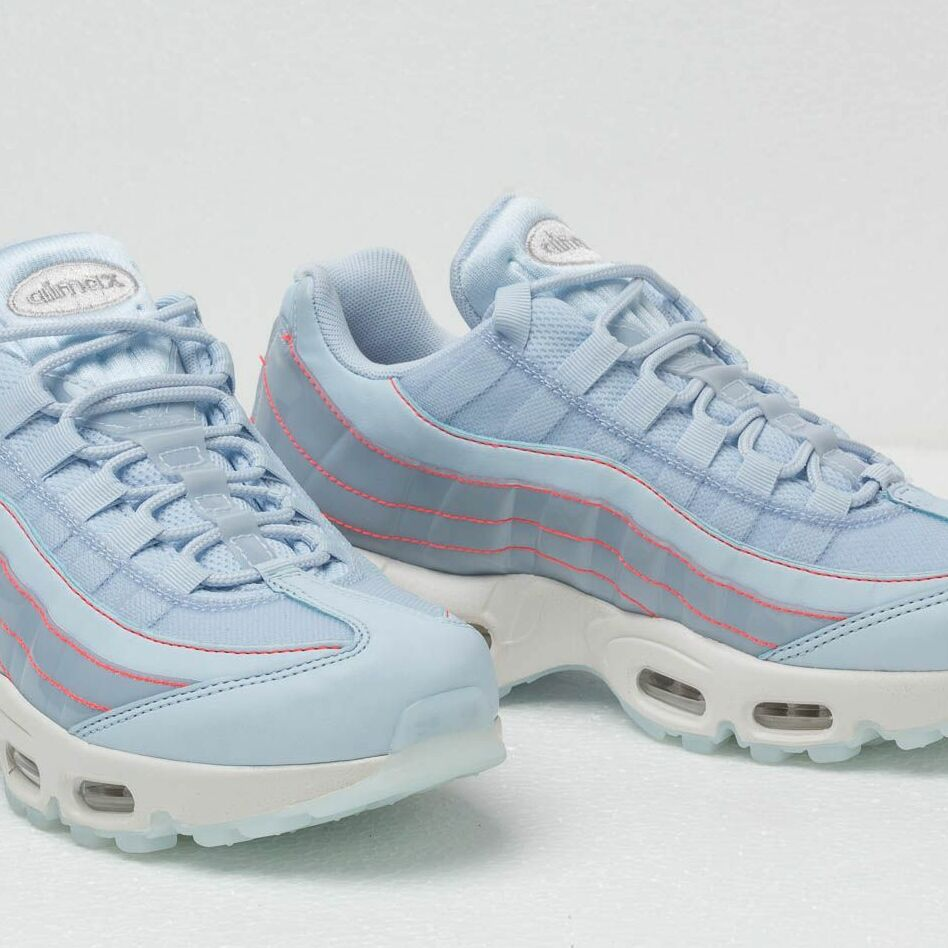 Nike Wmns Air Max 95 Se Half Blue Half Blue Summit White