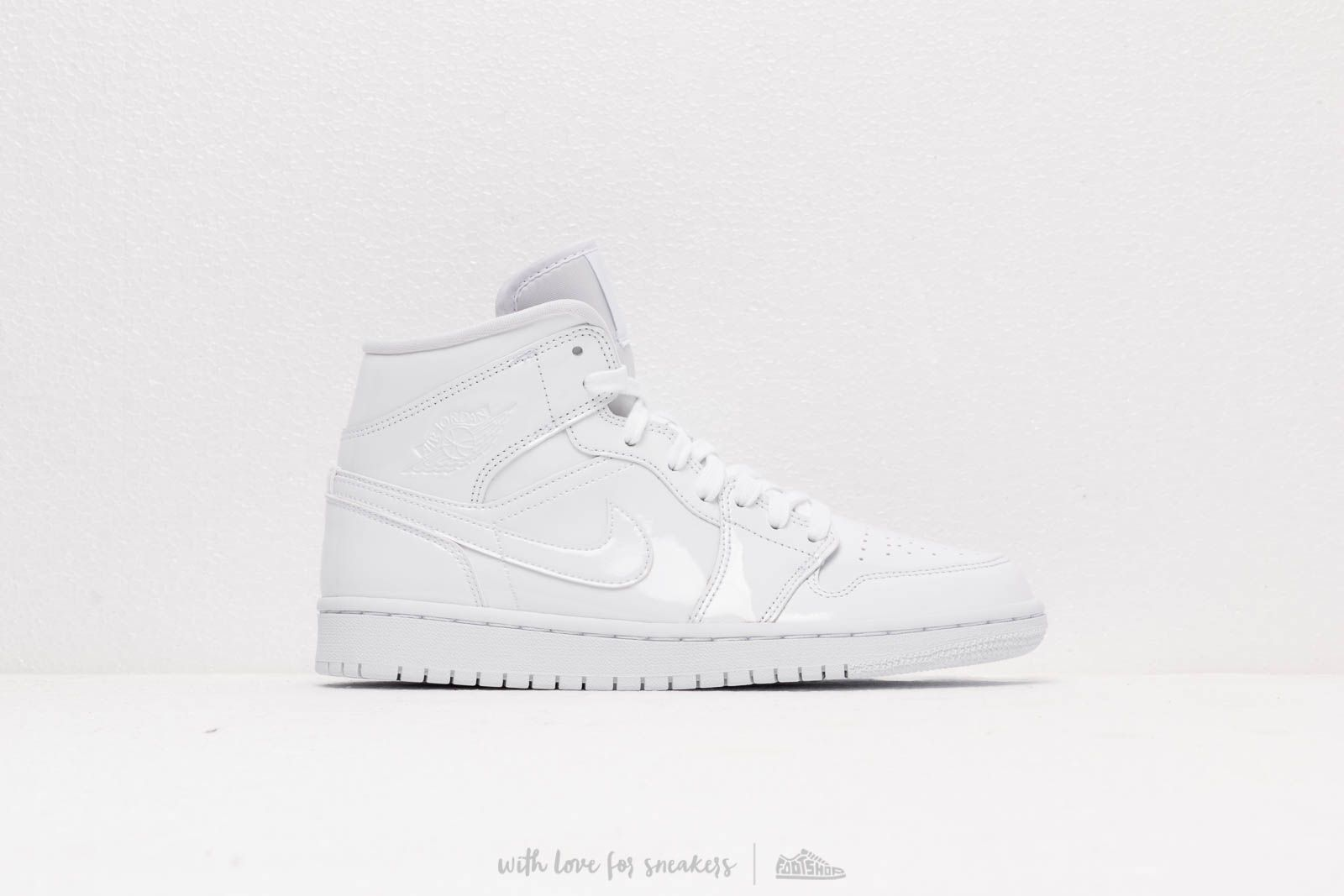 brand new b554c ca28a Air Jordan Wmns 1 Mid White  White-White at a great price 110 €